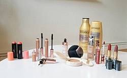 Be-Sparkling: Christmas Make Up Giveaway